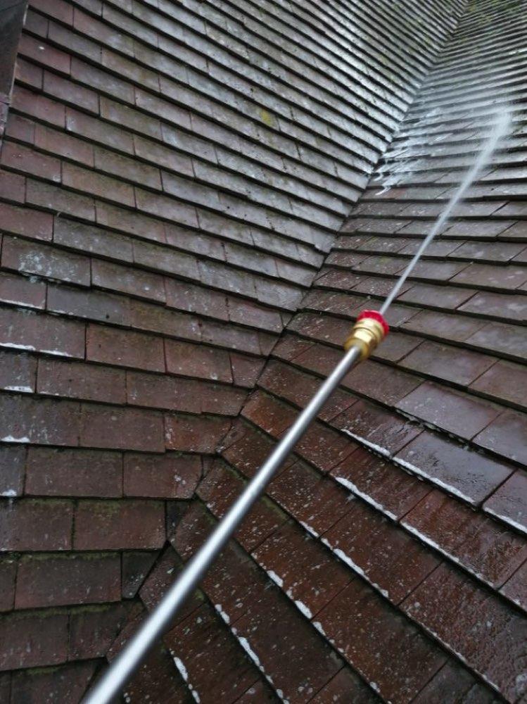 Couvreur Vernouillet 78540 – Nettoyage toiture produit eco