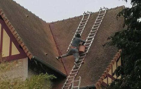 Couvreur Triel-sur-Seine 78 – Nettoyage et élargissement de noue